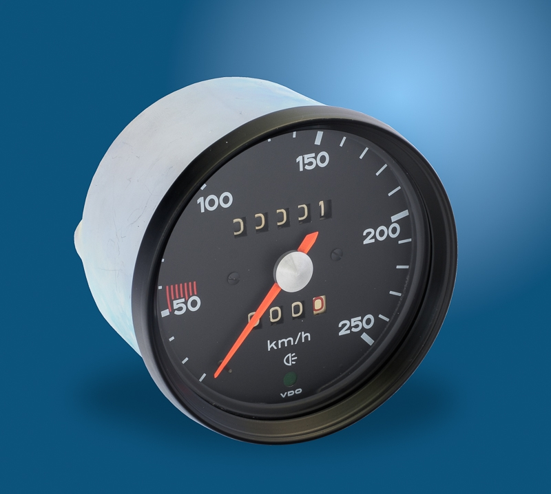 Nr 1 Speedometer for Porsche 911, mechanically, 68 - 73, 250 km/h, b/w, new  in exchange, deposit 297,50 Euro (incl  VAT)